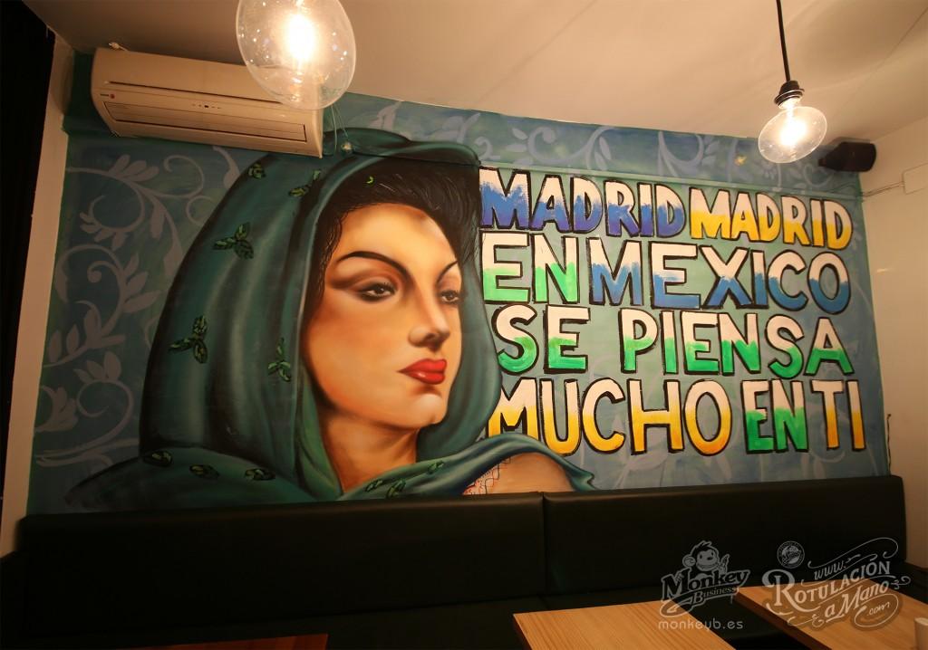 rotulaciones a mano maia bonita taco bar lavapies madrid maria felix